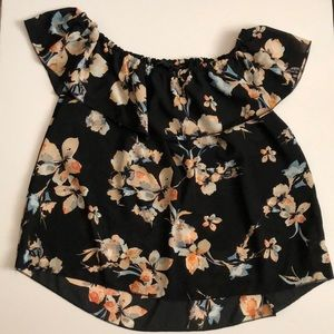 Jeans by Buffalo Sleeveless Floral Ruffle Blouse